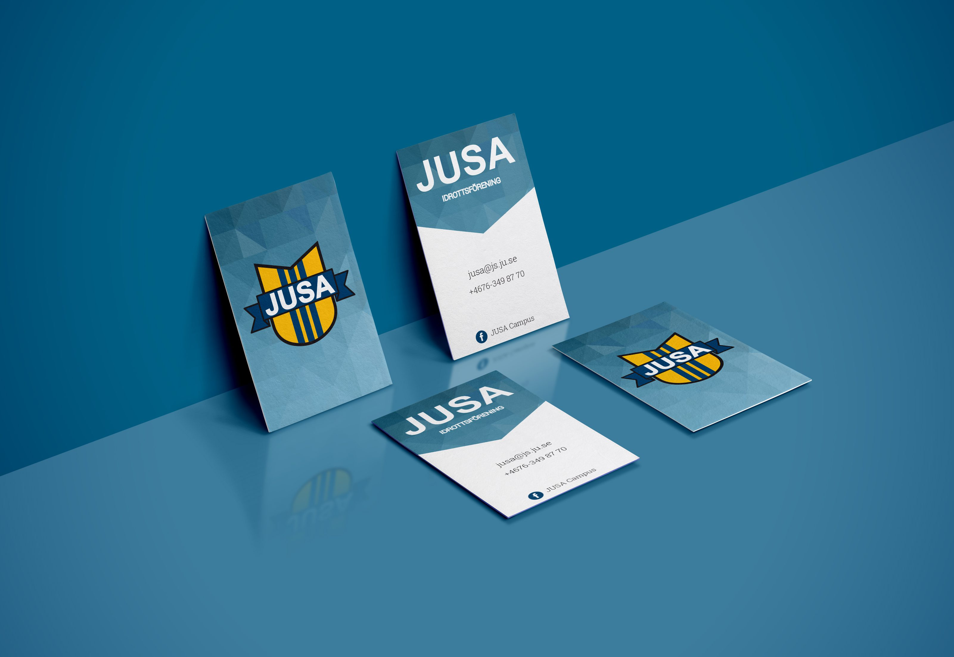 business-card-mockup-vol-32blue